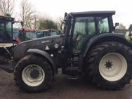 Valtra T300074A - 2012 Valtra T203 4WD Tractor