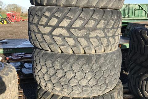 USED NOKIAN CK & MICHELIN CARGO XBIB TYRES