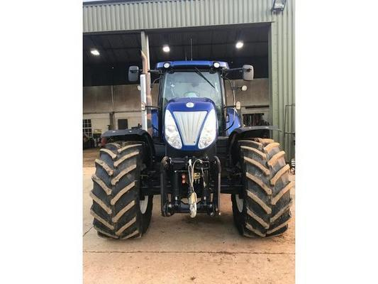 New Holland New Holland  T7070