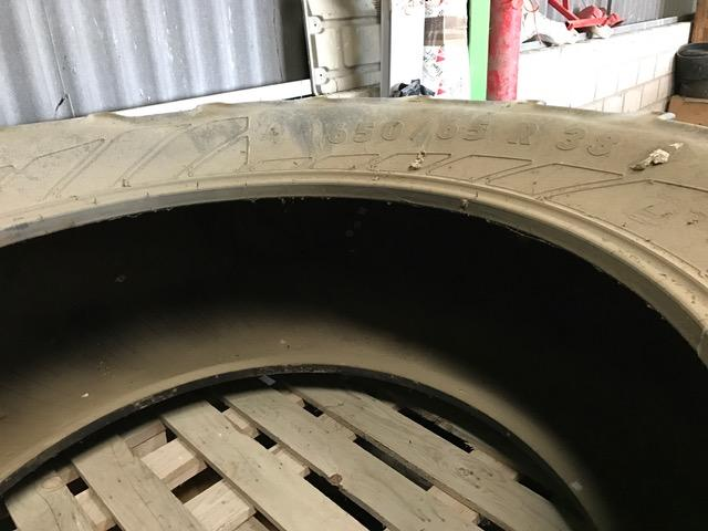 Shop soiled pair of 650 x 65 x R38 continental tyres