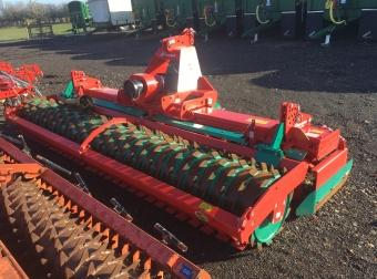 Kverneland POWER HARROW 4M (EX HIRE)