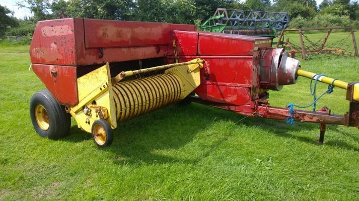 New Holland CONVENTIONAL BALER