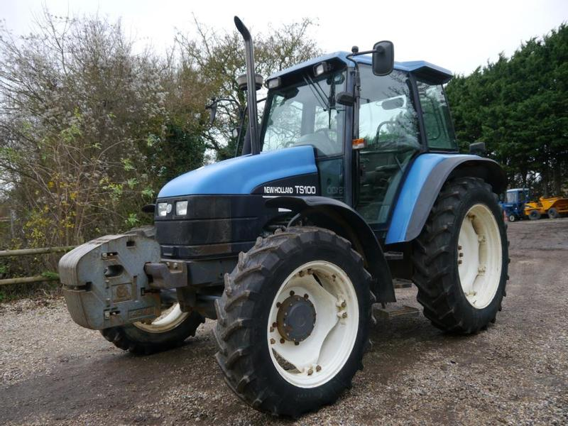 New Holland TS100 4wd Tractor