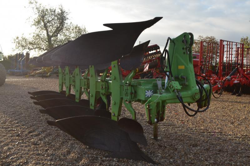 Dowdeswell DP7 D 2 5 FURROW PLOUGH 11011208