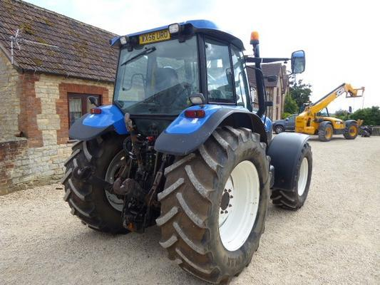 New Holland NEW HOLLAND TM155 TRACTOR