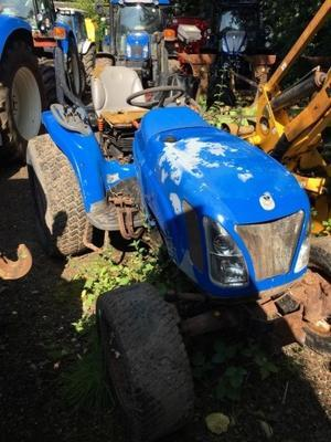 New Holland  TC31D COMPACT TRACTOR