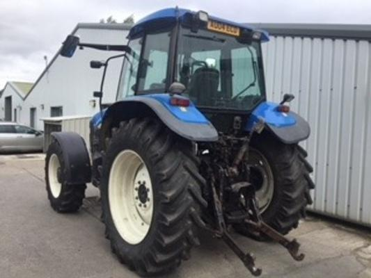 New Holland  TM140 Standard Tractor