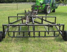 Farmhand 844 flat 8 bale sledge