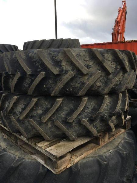 Miscellaneous 380/85R34