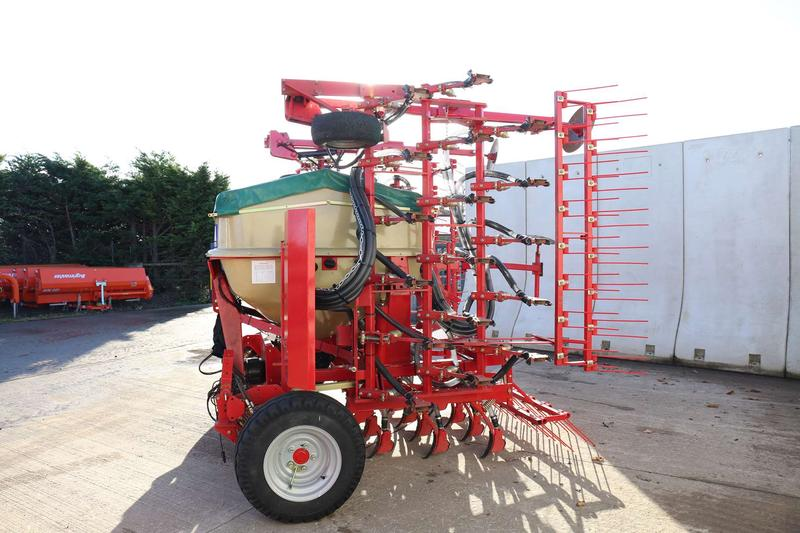 Weaving  Tine Drill