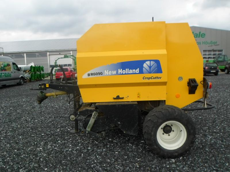 New Holland BR6090 Crop Cutter