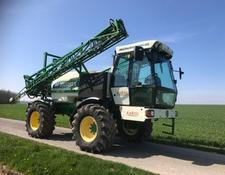 Househam AR 2000 Self Propelled sprayer