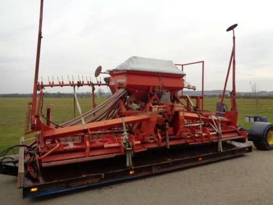 Lely Used Lely/Accord 5M Combination C/w Trailer