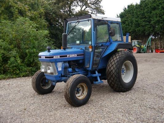 Ford  4110 2wd Tractor