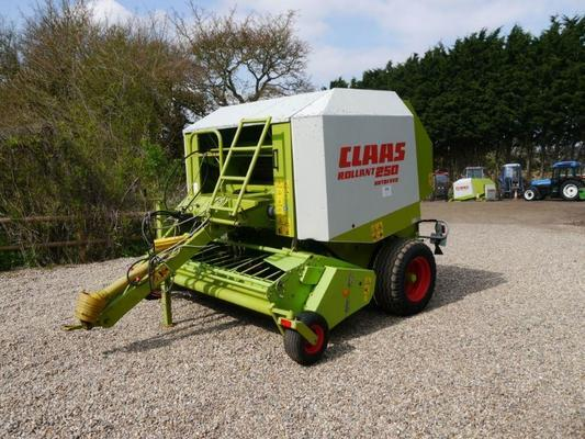 Claas  Rollant 250 Rotofeed Round Baler