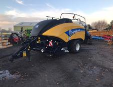 New Holland BB890