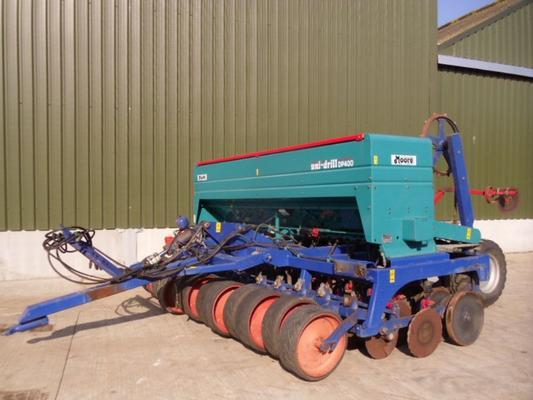 Used Moore DP400 Trailed Uni-Drill