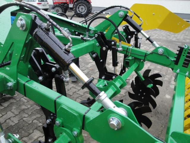 Kerner CORONA 300 Cultivator Used in 88377 Riedhausen, Germany
