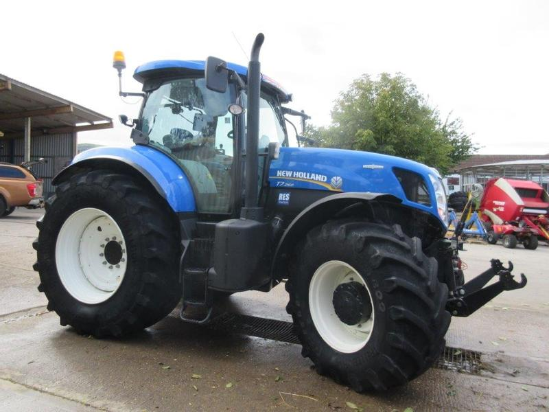 New Holland T7260 A/C