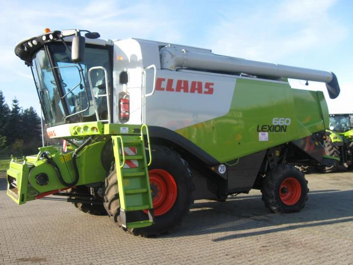 The Claas Lexion 660.